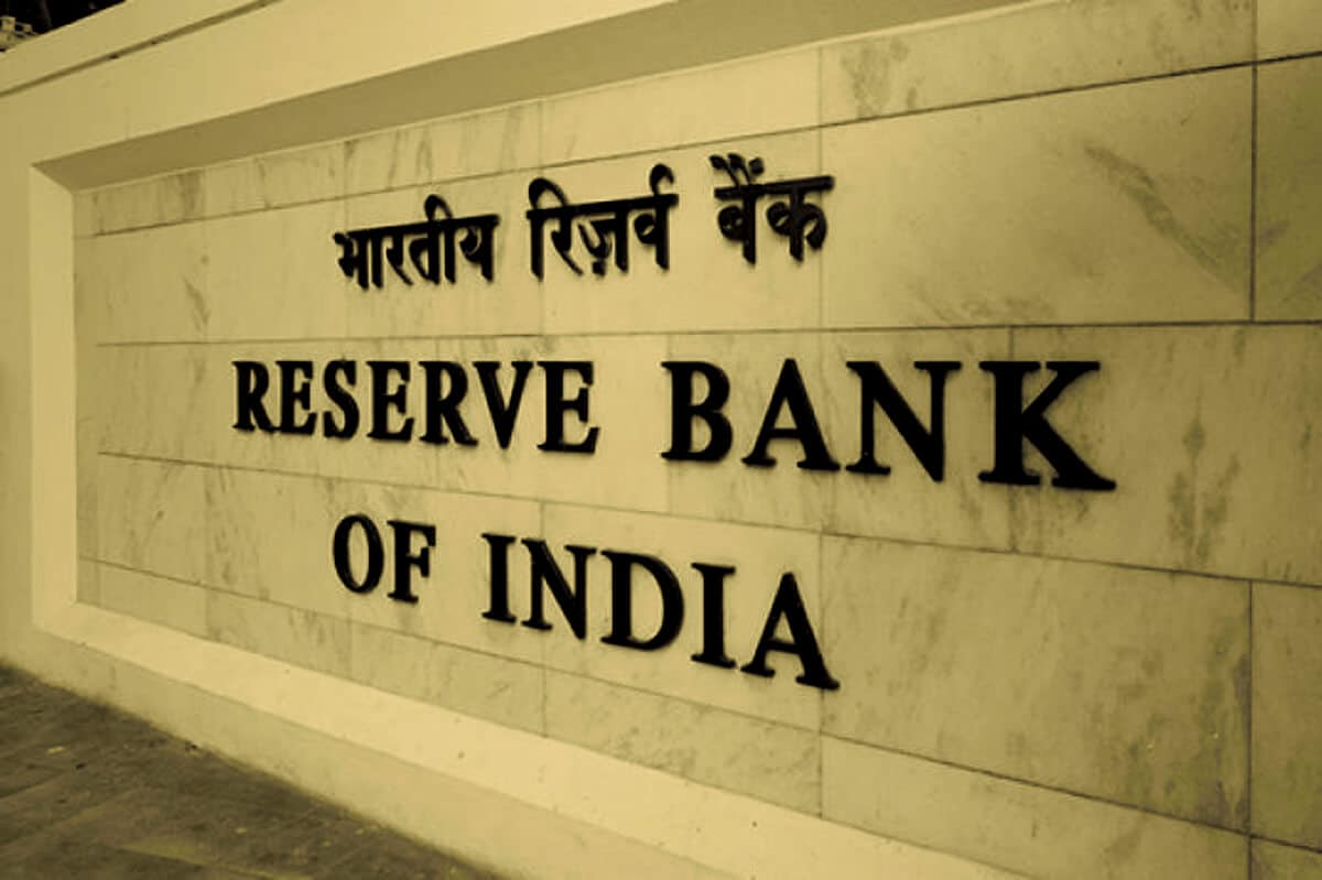 Indias Central Bank Bans Financial Entities From Dealing With Cryptocurrencies