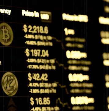 How to trade with cryptocurrency secrets of earning on crypto instruments